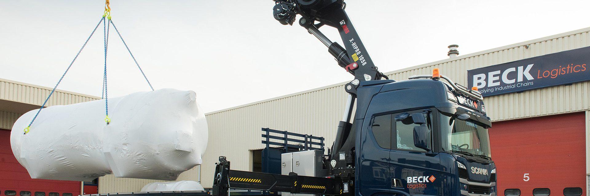 Grue mobile sur camion